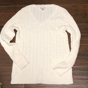 Croft & Barrow Womens cable knit white sweater